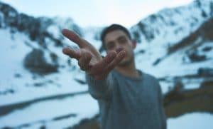 Sports d'hiver: quels sous-vêtements homme emmener?
